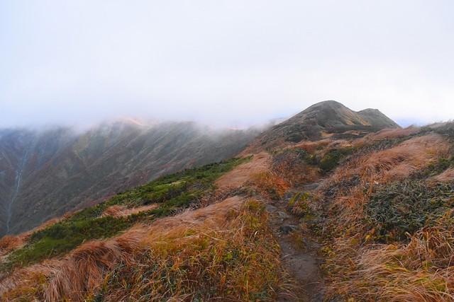 竜門山から西朝日岳へ