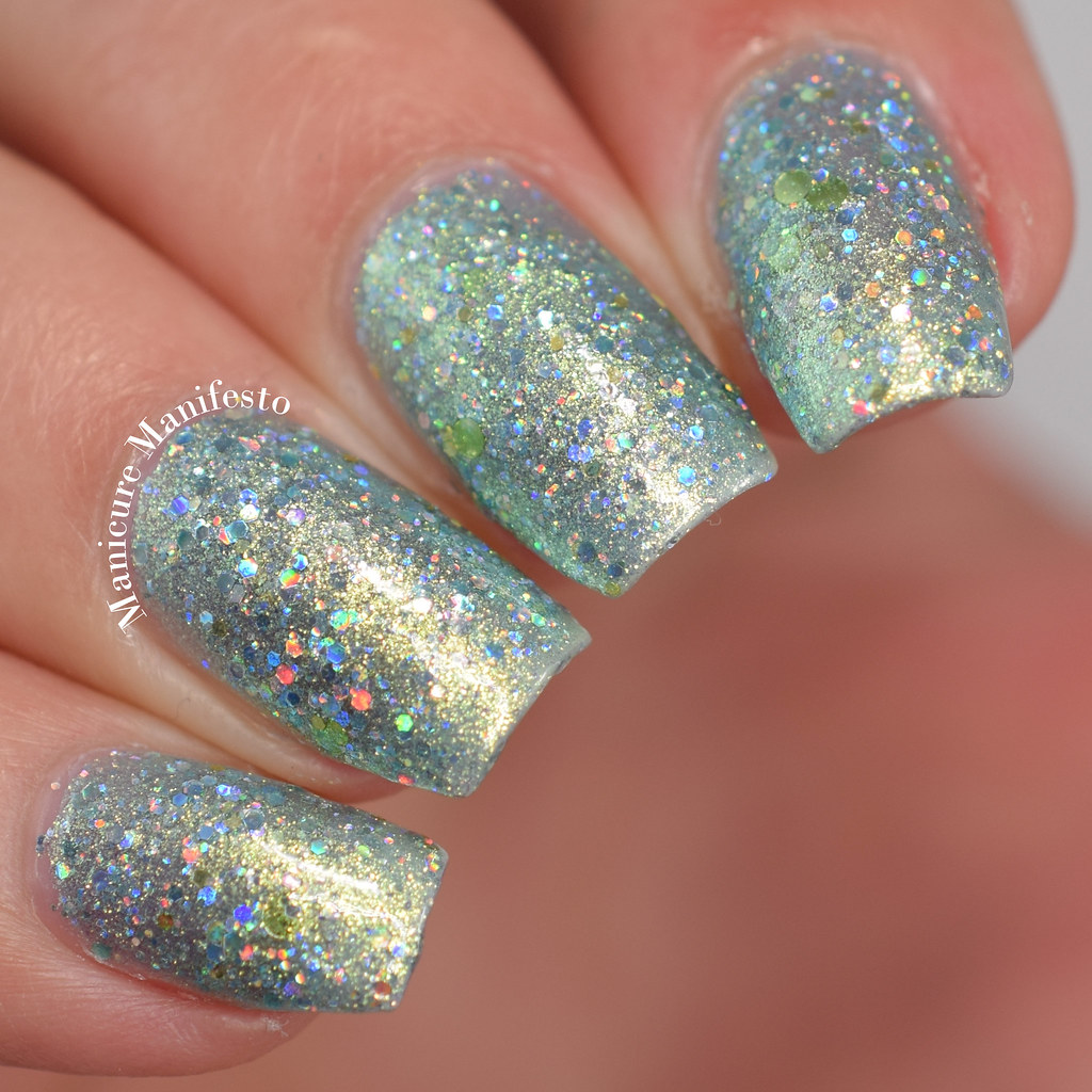 Femme fatale Cosmetics Maze Of Mirrors swatch