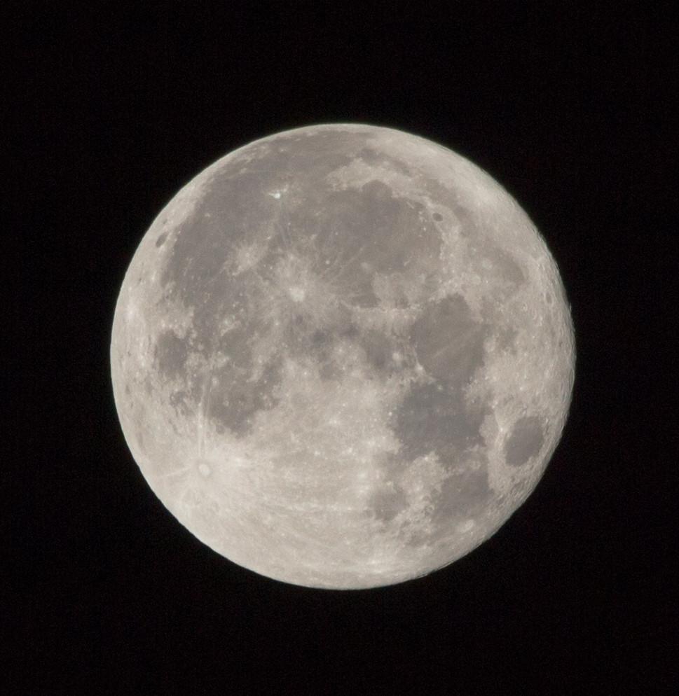 December 2017 Full Moon >> Full Moon 4 Dec 2017 02 40 Sculptor Lil Flickr