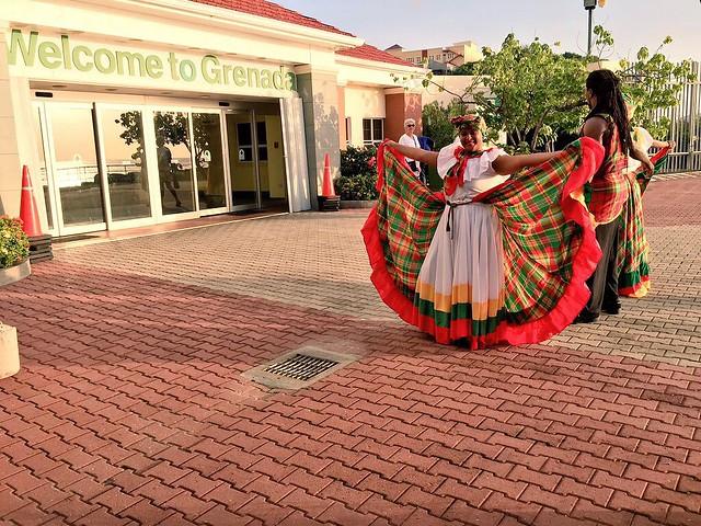 Recibimiento en la isla de Granada (Islas del Caribe en crucero)