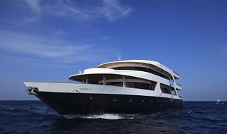Fun azul barco de buceo Maldivas