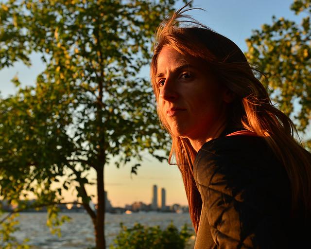 Diana al atardecer de Toronto desde la isla de Ward's Island