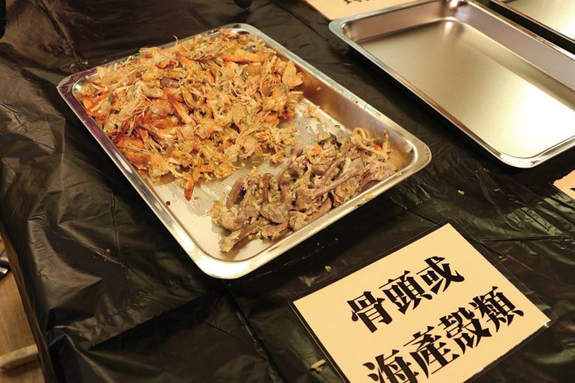 食客廚餘的部份,以飯麵類、骨頭及海產殼類最多。