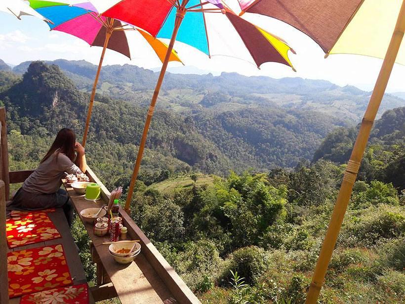 Bon ja bo Hill noodle : 泰国拜县270度悬空景观餐厅 泰国旅游 第3张