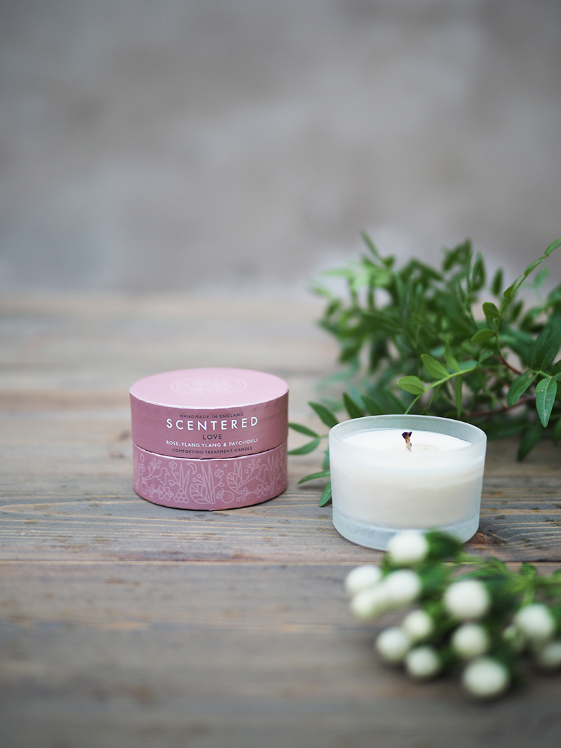 Scentered-tuoksukynttilä LOVE matkakoko PUR Hyvinvointikauppa