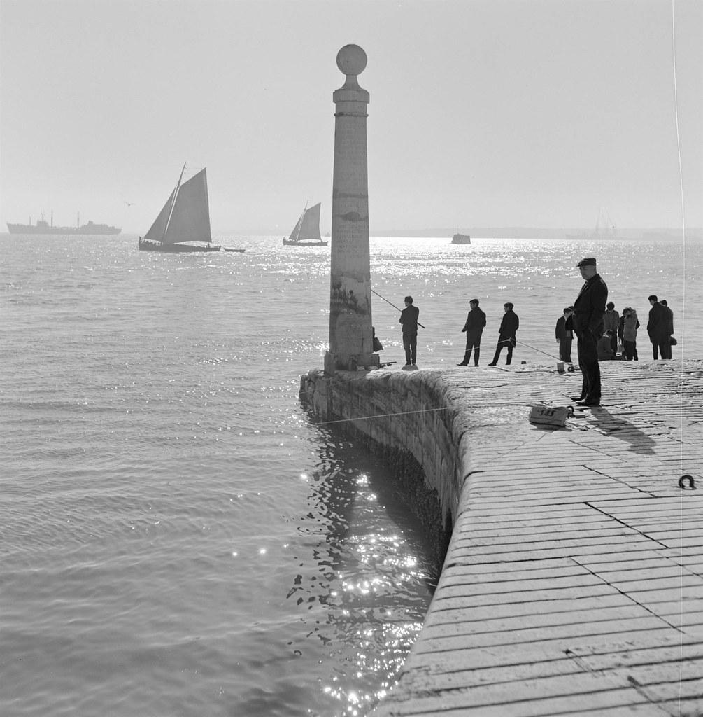Cais das Colunas, Lisboa (A.Pastor, 1950-69)
