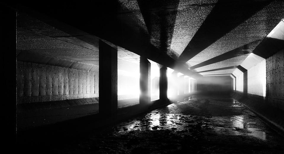 下水道。圖片來源:Geoff Llerena(CC BY-NC-ND 2.0)。
