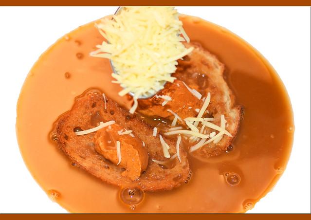 Fischsuppe, wie man sie z. B. in Sète isst_Soupe de poisson avec sa rouille et ses croûtons_Foto: Brigitte Stolle