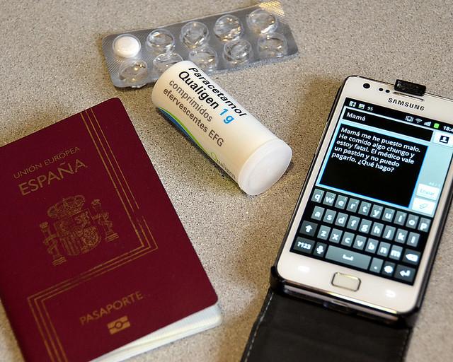Esto es lo que sucede si no se lleva seguro médico para Canada, sms a mamá