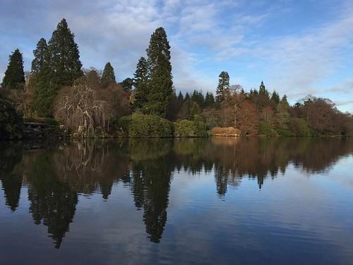 Beautiful afternoon reflections at Sheffield Park | by Jane Dallaway