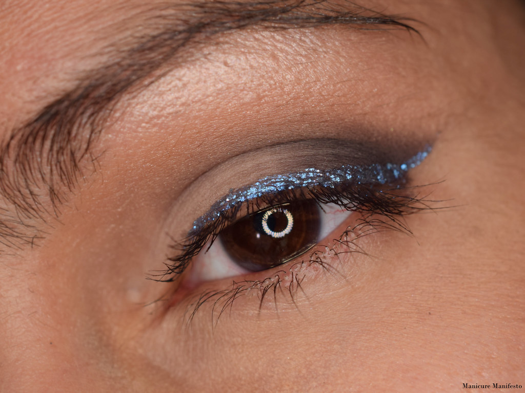 Lise Water lash liner glitter duo swatch
