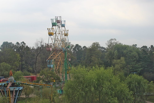 Disused funfair in Sinuiju | by Timon91