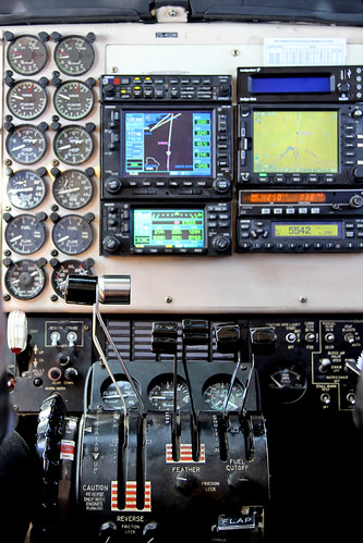 ZS-KGW_08Nov17-controls | by www.aviation-adventures.co.za
