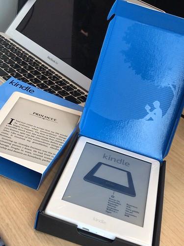無印 Kindle 白 2017