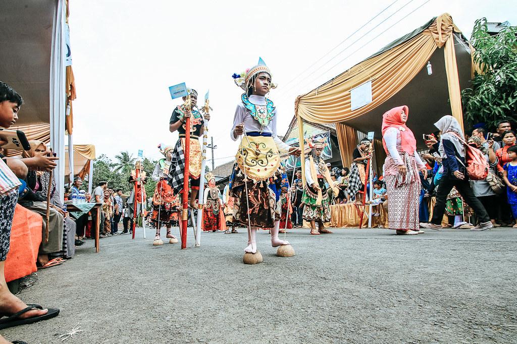 festival egrang
