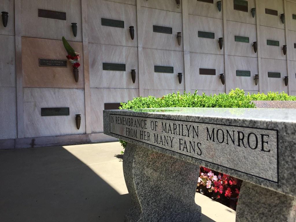 Marilyn Monroe Grave Westwood Village Memorial Park