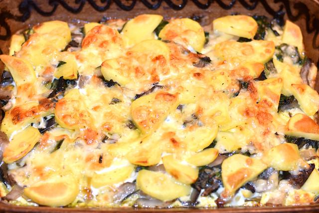 Mangold Mangoldgemüse ... Mangold-Kartoffel-Auflauf ... Foto: Brigitte Stolle