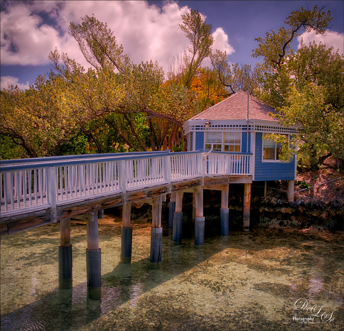 Image of pier at Spanish Cay in the Bahamas