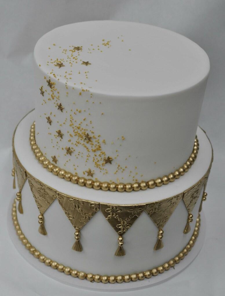 Gold And White Sparkle Birthday Cake Jenny Wenny Flickr