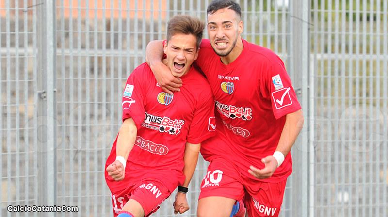 Dario Di Grazia e Salvo Condorelli, insieme a Gianmarco Distefano, maggiori realizzatori rossazzurri con tre gol ciascuno
