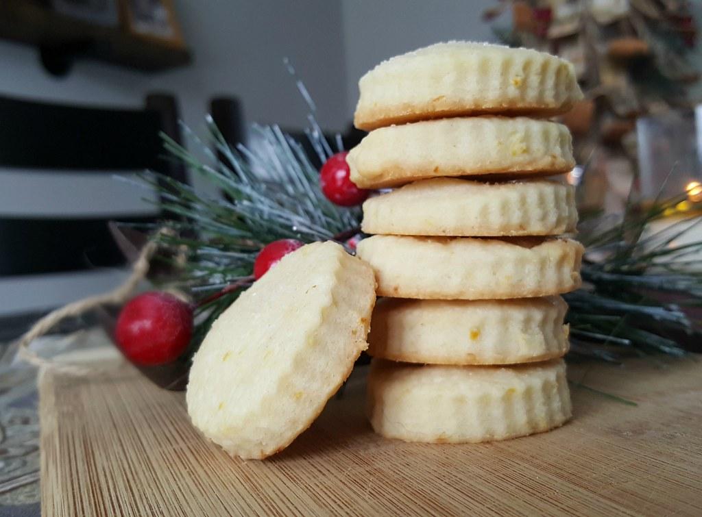 Shortbread cookie recipe - lemon gummie chocolate chip