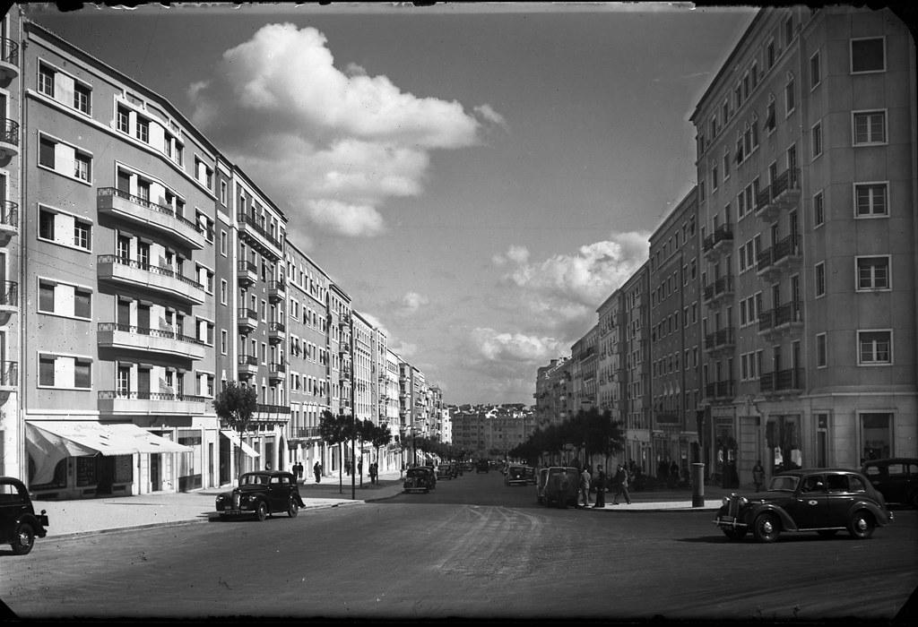 Av. Guerra Junqueiro, Lisboa (A.Passaporte, c. 1950)