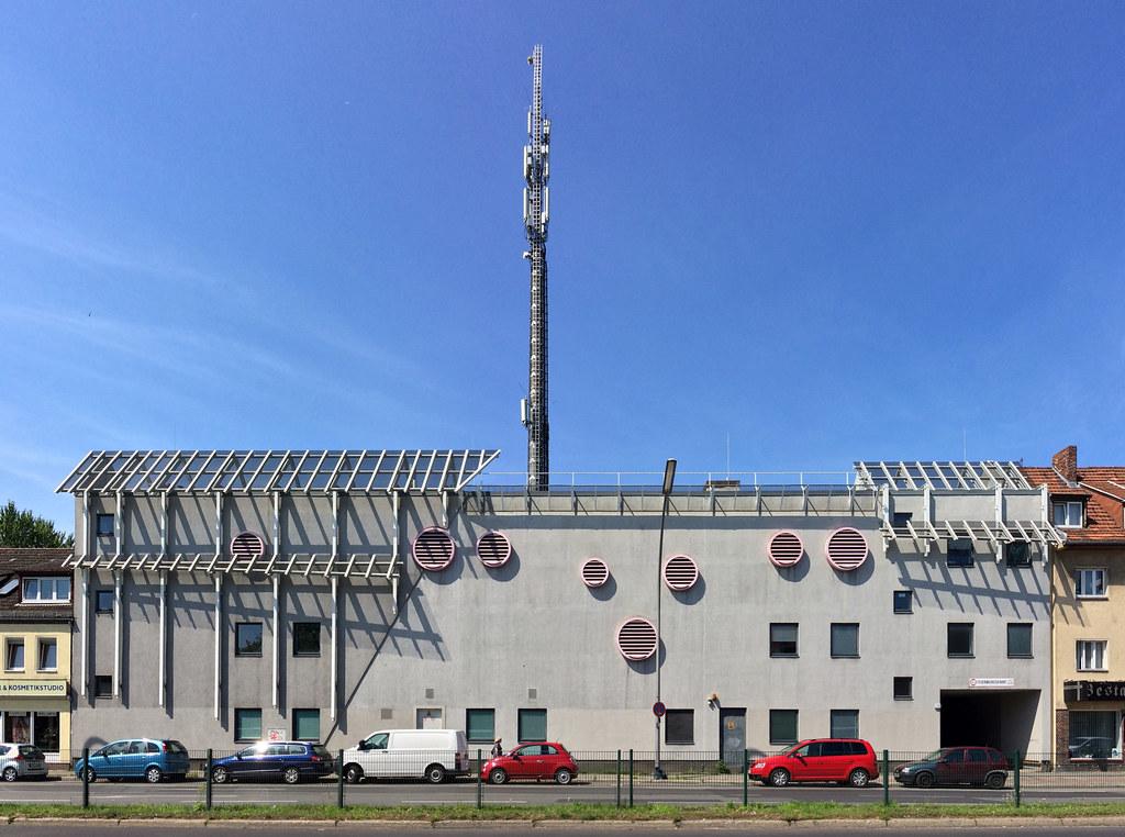 Telekom-Hauptverteiler   Telekom-Hauptverteiler Oranienburge…   Flickr