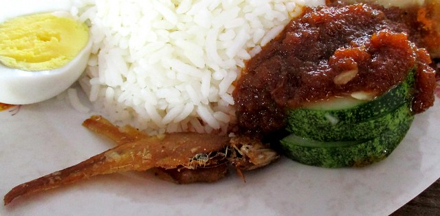 Grand Wonderful food court nasi lemak special 2