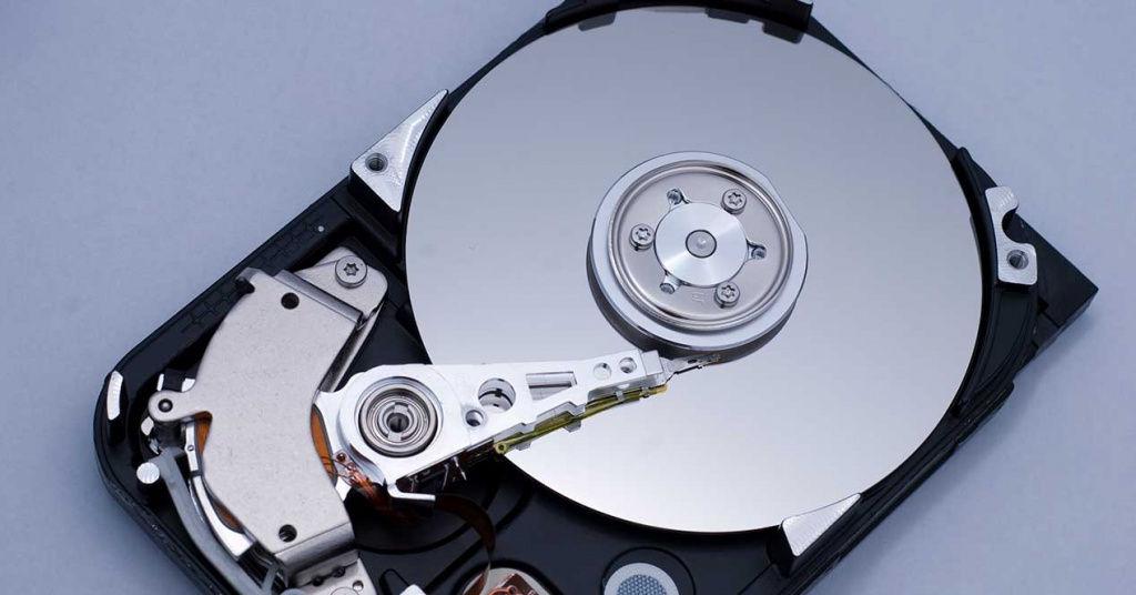 5400 vs 7200 RPM: ¿por qué algunos discos duros giran más lentamente?