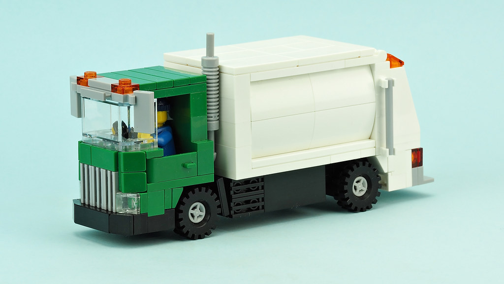 A Gem Of A Garbage Truck Instructions The Brothers Brick The