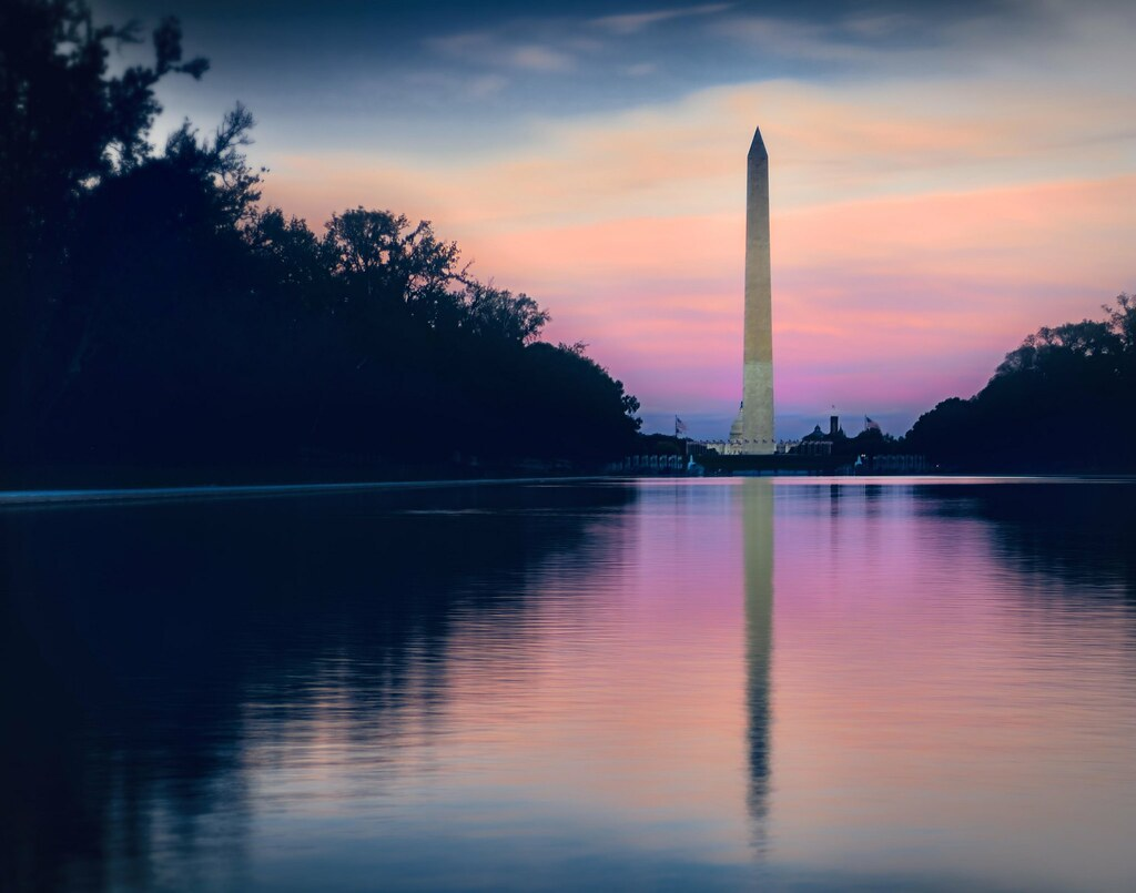 Dusk on Washington monument | Washington monument viewed ...