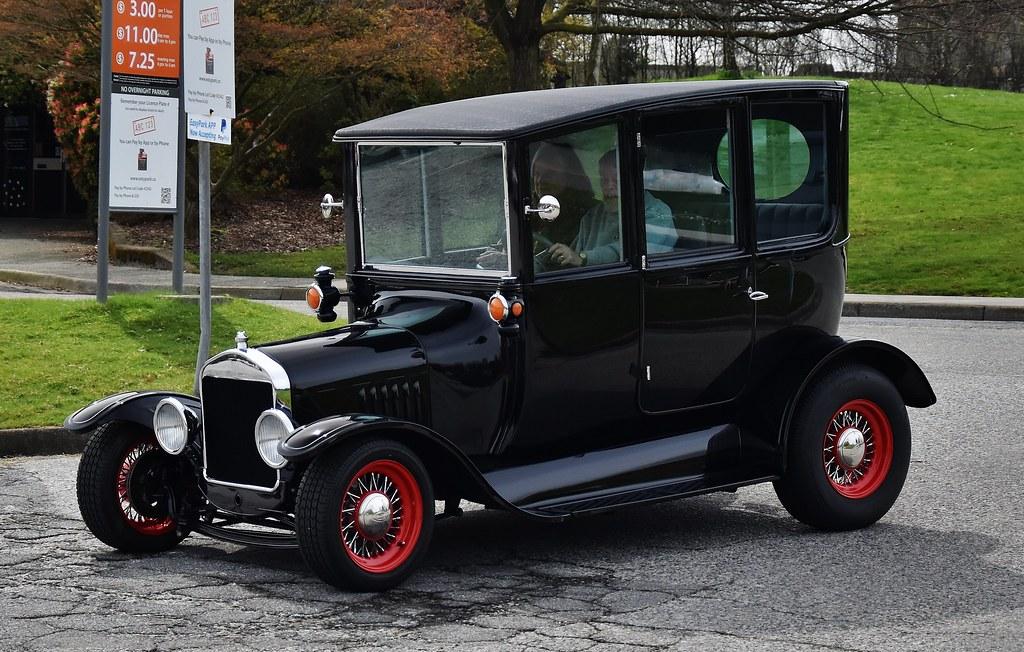 Ford Model T Center Door Sedan \