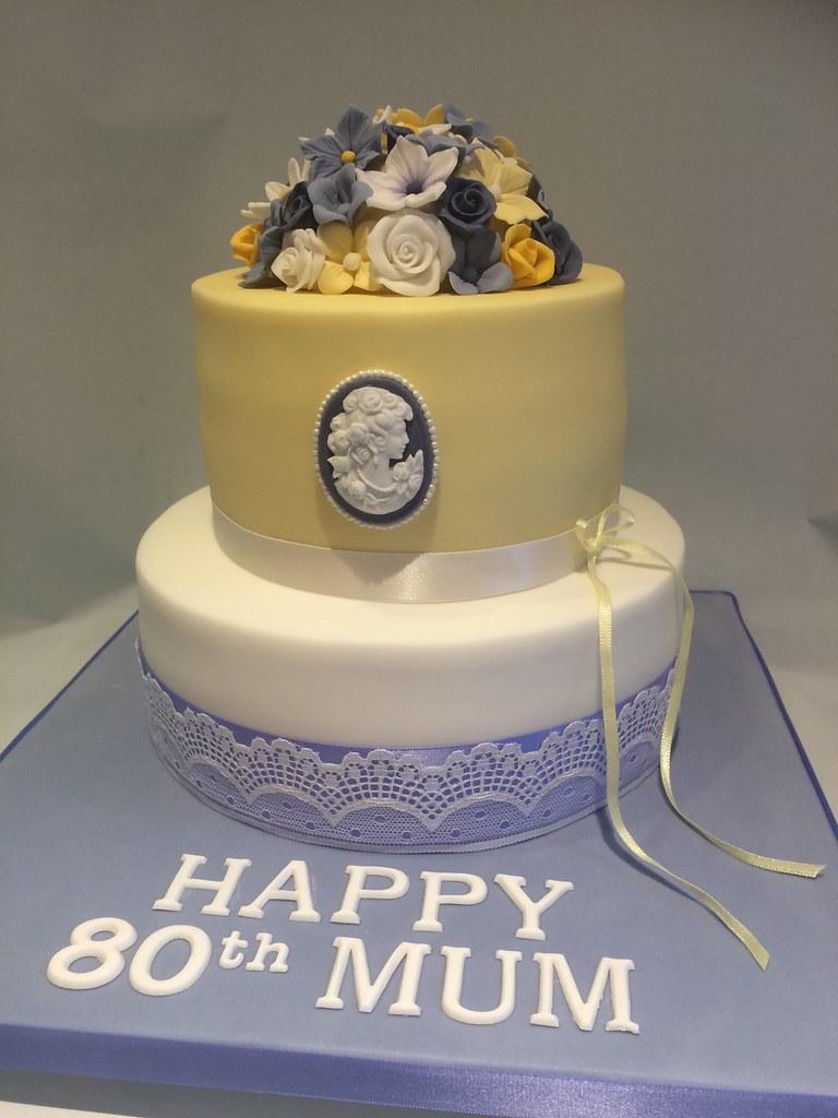 Lemon Lilac 80th Ladies Birthday Cake Kat Buchan Flickr
