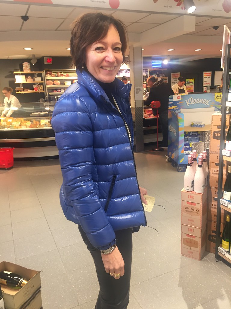 ... Shopping in her new Moncler bady bright blue jacket and of course leather pants | by