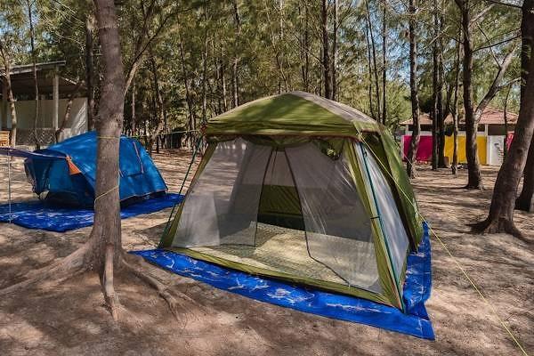 Lều cắm trại ngoài trời