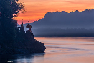 Sunset over Hpar Mae Taung temple on the Thanlyin River - Hpa'An, Myanmar | by Phil Marion