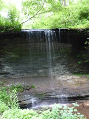A tiny waterfall @ Natchez Trace Parkway