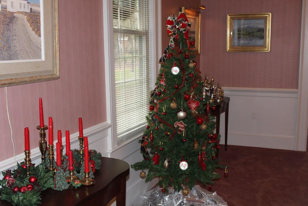 img_0017 by ferrum college img_0017 by ferrum college - College Christmas Decorations