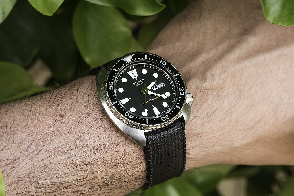 uncle seiko tropic rubber straps review