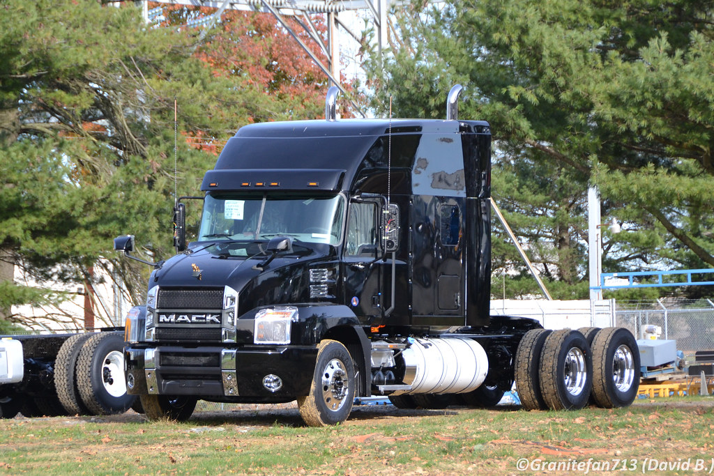 2018 Mack Truck Tractor : Mack anthem tractor trucks buses trains by
