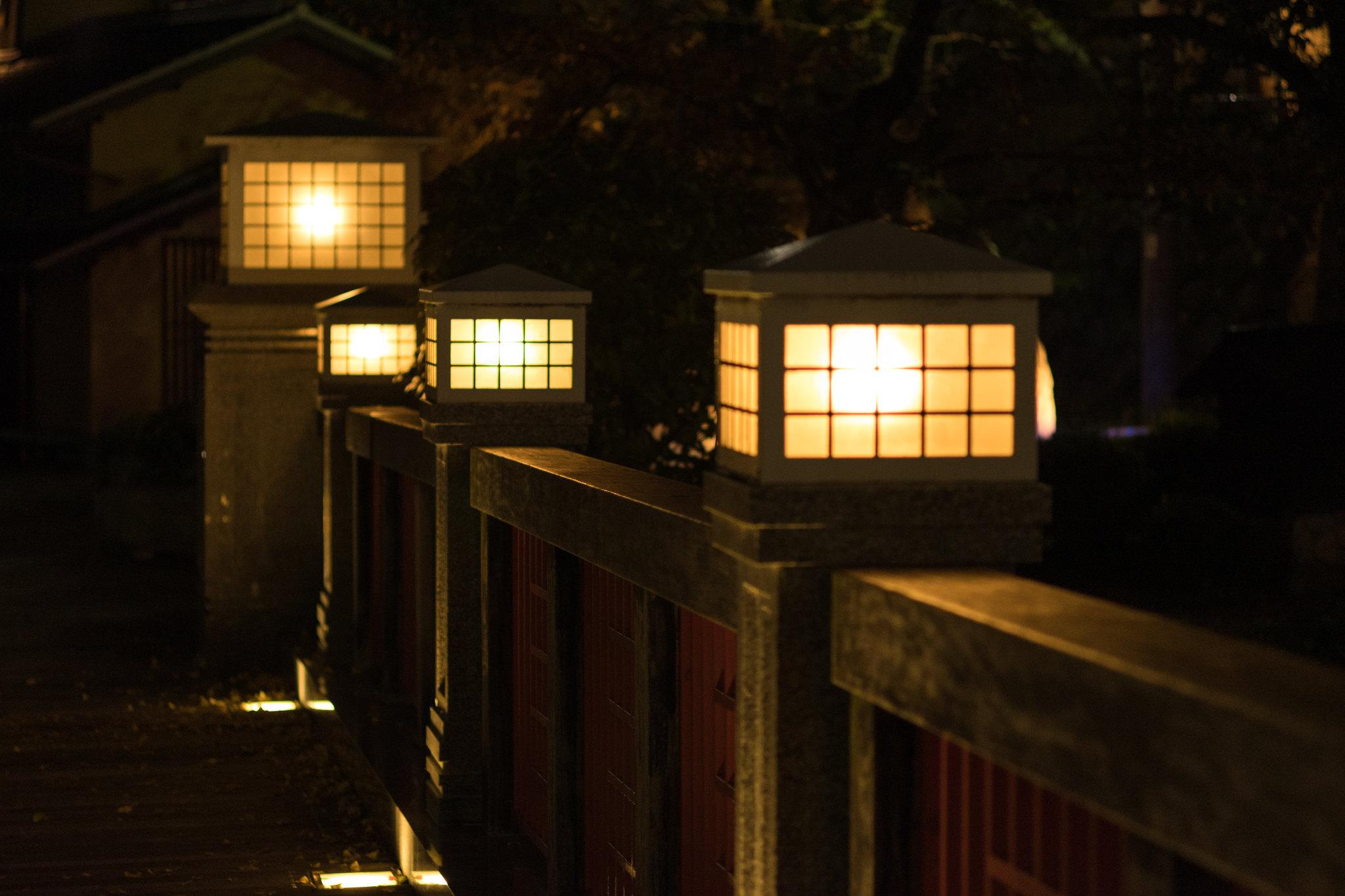 夜の太閤橋