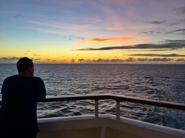 Atardecer desde un crucero por el Mar Caribe