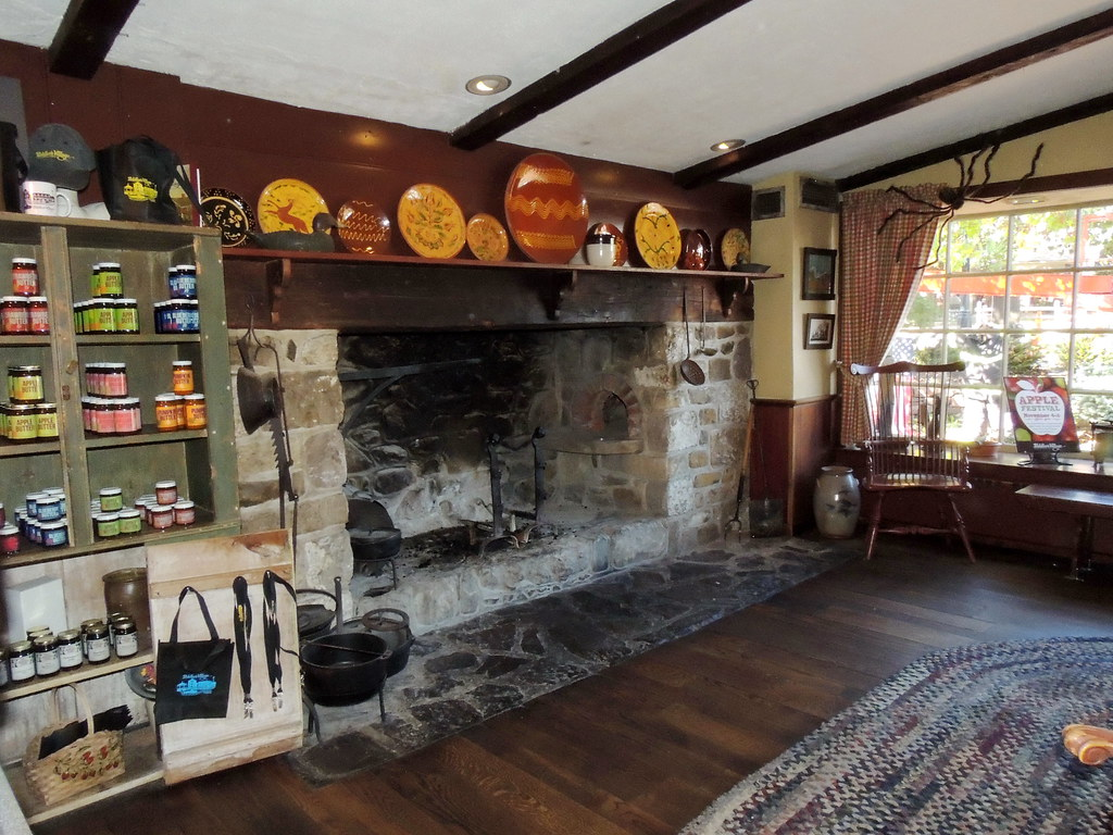 Pennsylvania Open Hearth Fireplace This Fireplace Hearth I Flickr