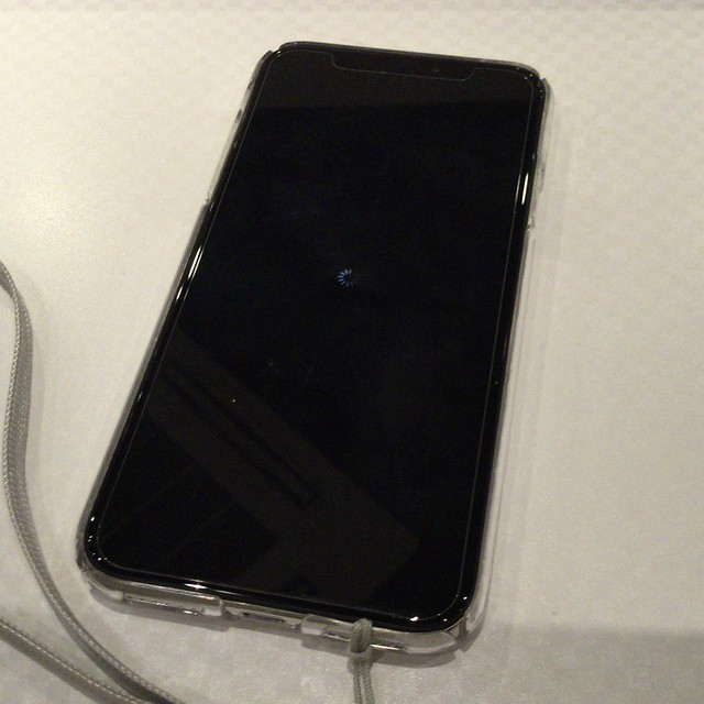 iPhone X フリーズ