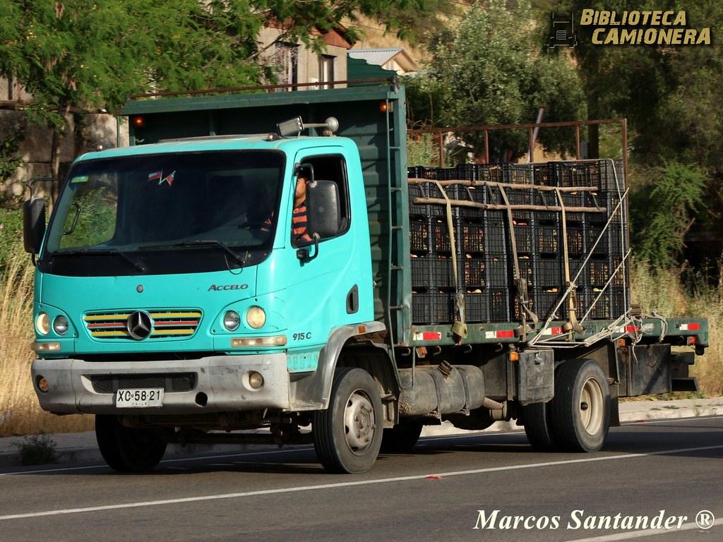 Mercedes-Benz Accelo 915 C / Agrícola San Lorenzo | Placa Pa… | Flickr