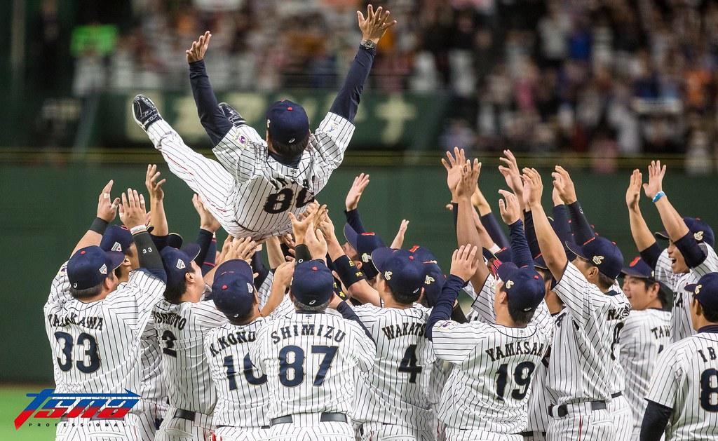 日本慶祝勝利。(特派記者侯禕縉/東京現場拍攝)