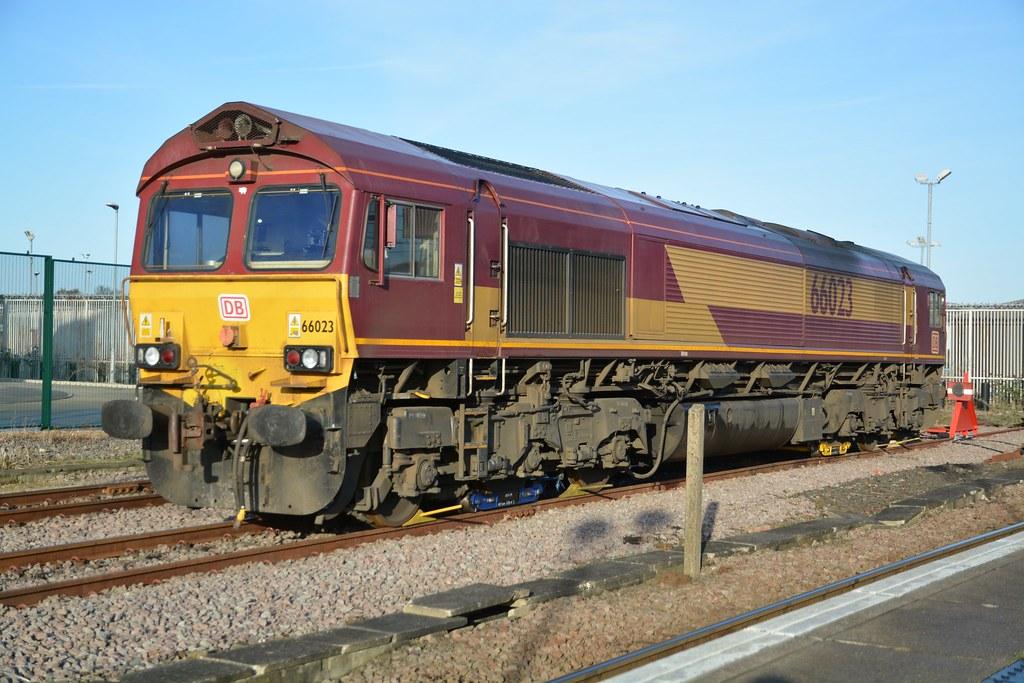 "... English Welsh & Scottish Railways Class 66/0, 66023   by 37190 ""Dalzell"