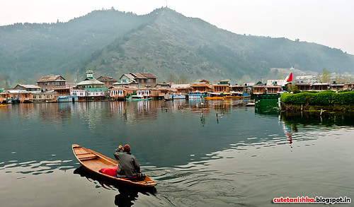 dal-lake | by kashmirvoice