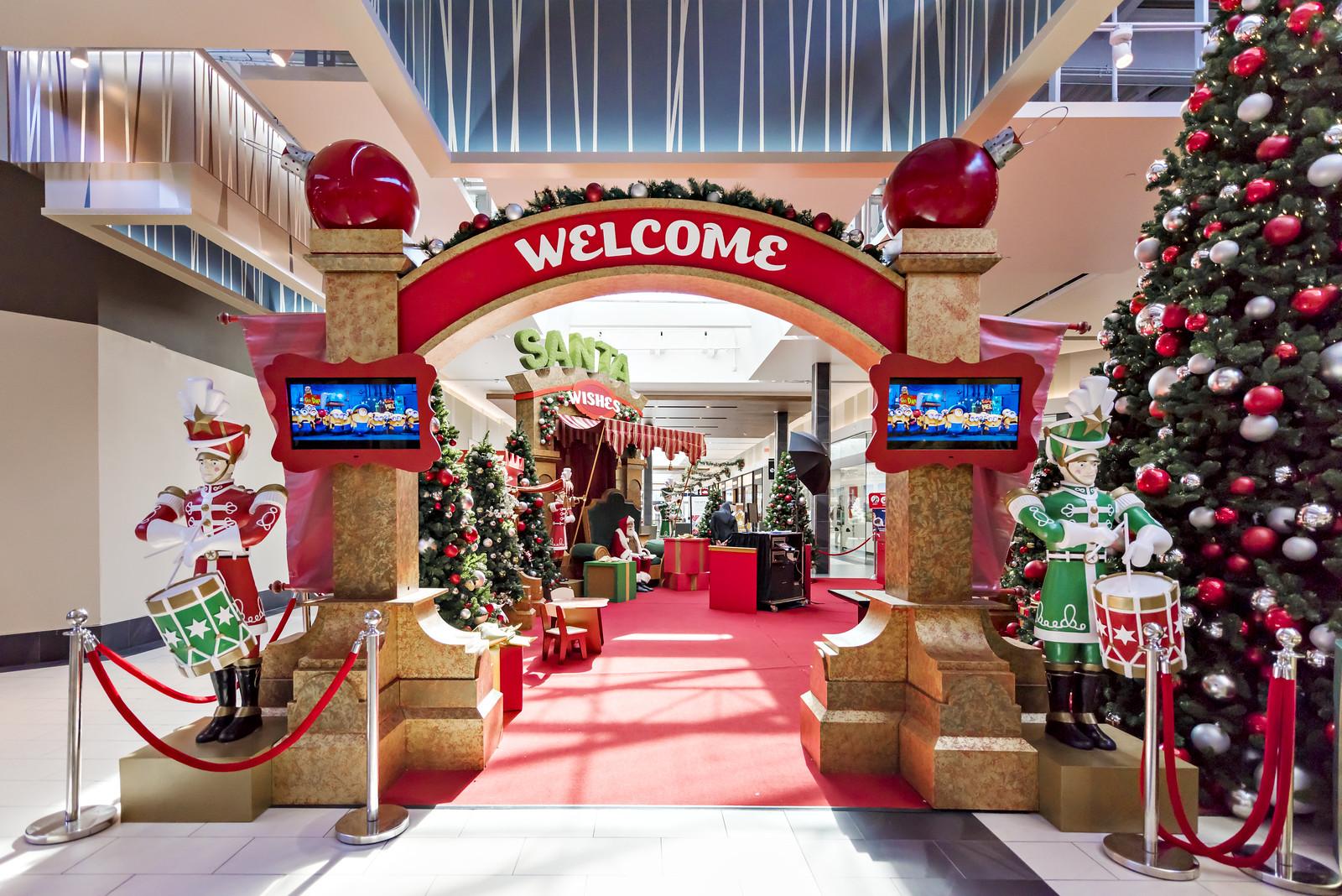 Santa Photo Experience Ontario Mills