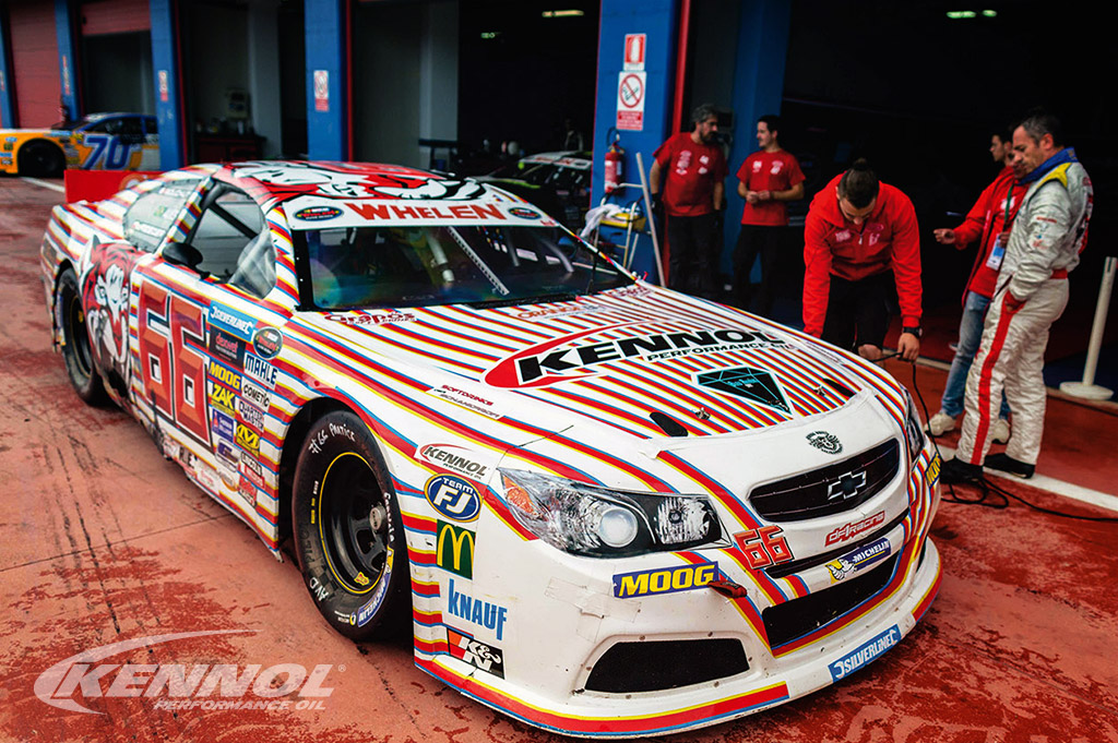 KENNOL has provided 2 new ULTIMA oils for Euro NASCAR.